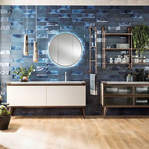 """<div class=""""module-8__title""""><div class=""""pd-heading__container"""">             <h3 class=""""pd-heading pd-h3-style pd-text-align-left pd-heading-small""""  style='' >          Download the bath catalog     </h3> </div><div class=""""pd-icon"""">                                        <style>             #icon-arrow-cta-5316998529f9c3a75c56fb2ae8{                 fill:;             }             </style>                  <svg id=""""icon-arrow-cta-5316998529f9c3a75c56fb2ae8"""" class=""""icon-arrow-cta"""">             <use xlink:href=""""/on/demandware.static/Sites-DieselDEAT-Site/-/default/dwb783729b/imgs/sprite.svg#arrow-cta""""/>         </svg>         </div></div>"""