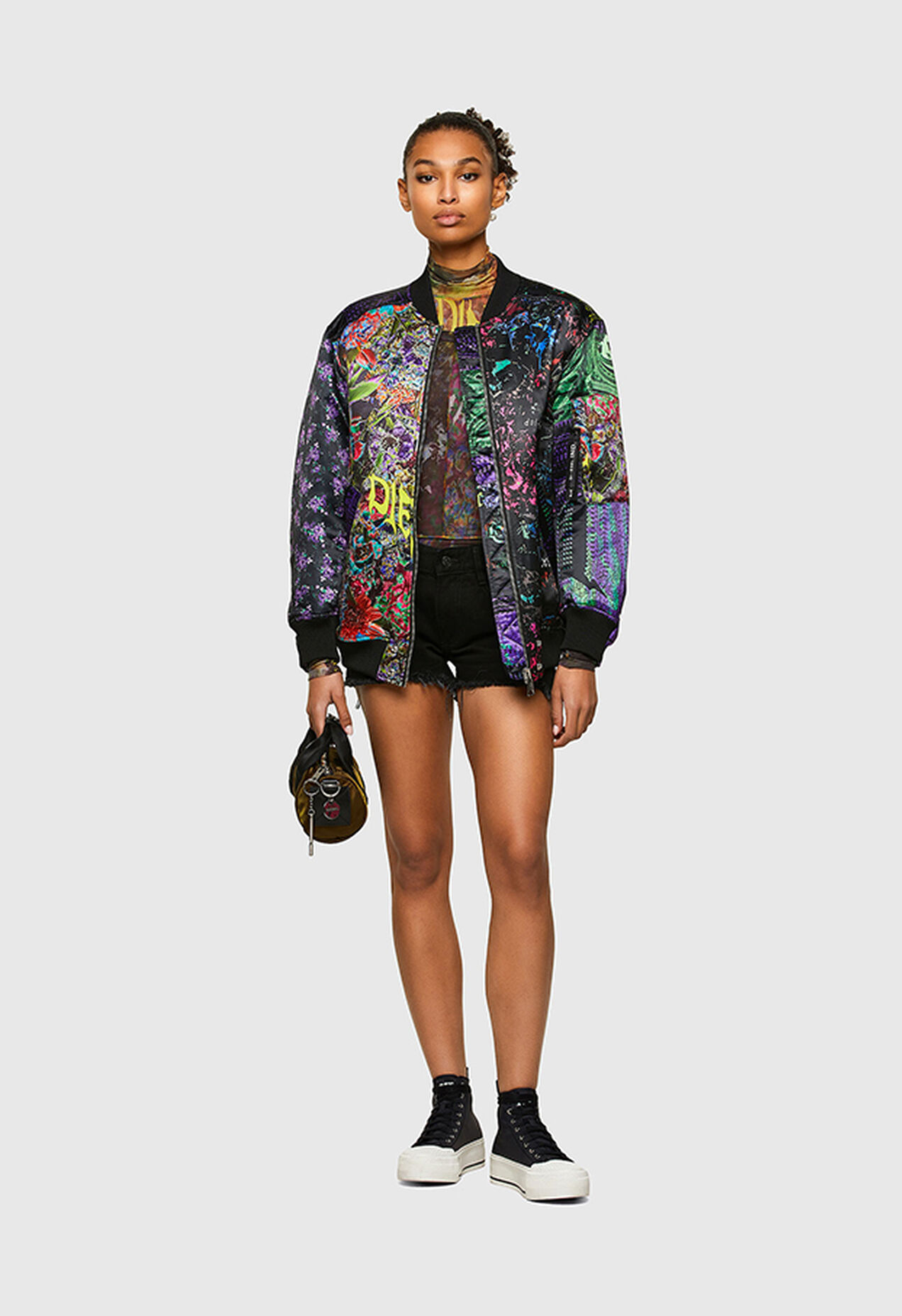 https://de.diesel.com/dw/image/v2/BBLG_PRD/on/demandware.static/-/Library-Sites-DieselMFSharedLibrary/default/dwc54ea75b/CATEGORYOV/2x2_KITTY_JACKET_PATCHWORK_A01611_0GBAY_9XXA_C.jpg?sw=1272&sh=1854