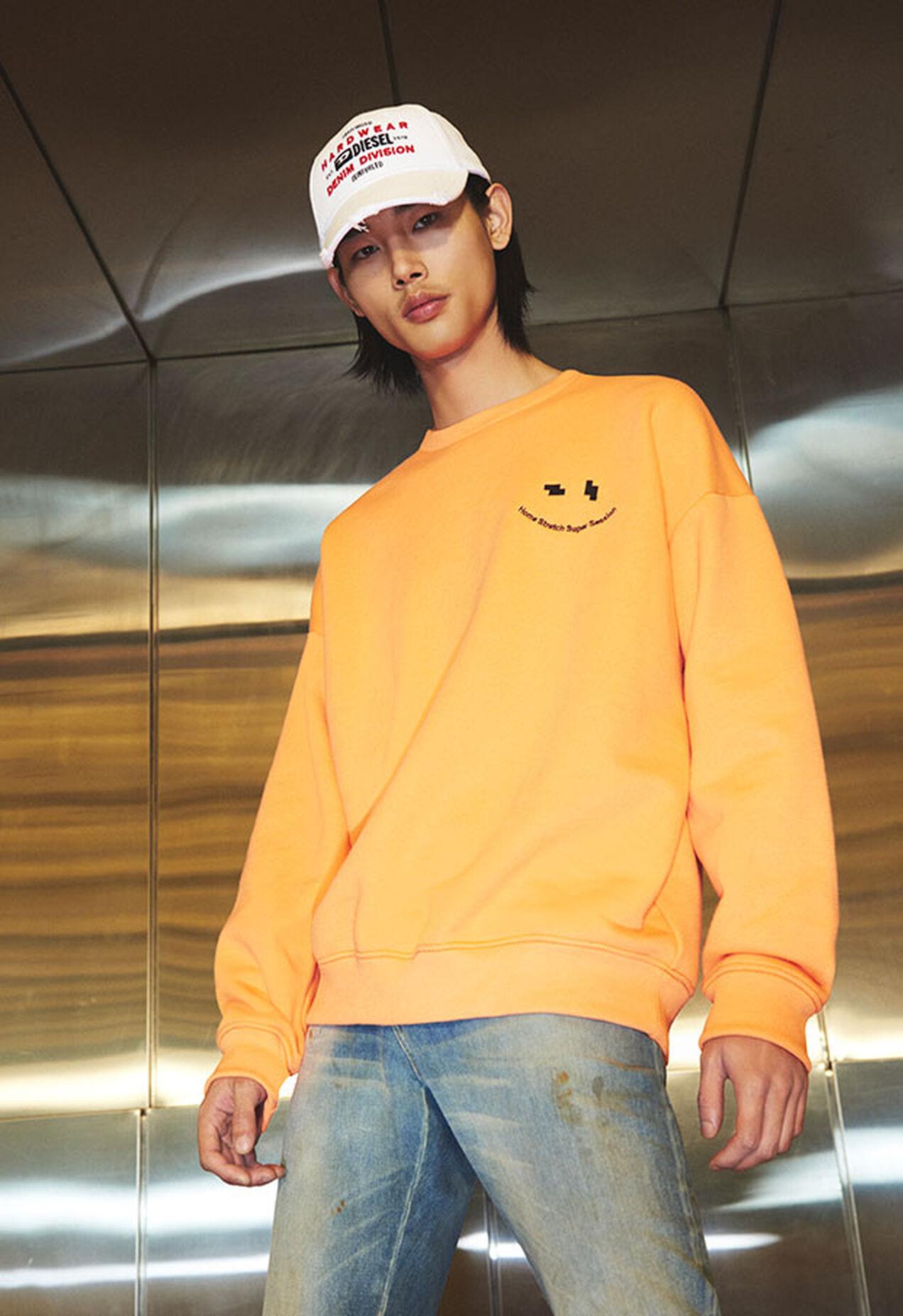 S-MART-FLU, Orange - Sweatshirts