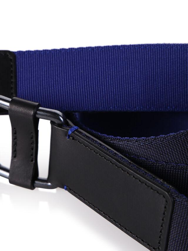 B-S18-1, Schwarz/Blau