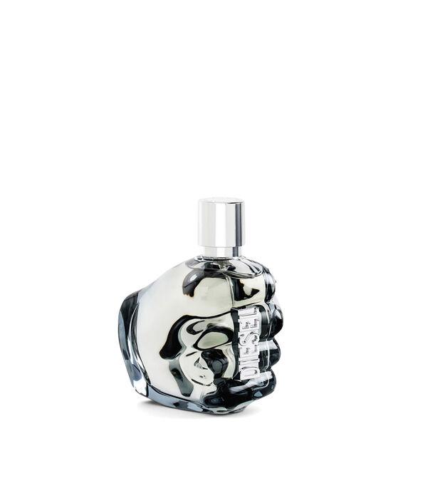 https://de.diesel.com/dw/image/v2/BBLG_PRD/on/demandware.static/-/Sites-diesel-master-catalog/default/dw0a98a7c3/images/large/PL0124_00PRO_01_O.jpg?sw=594&sh=678