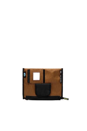 Tasche mit mehreren Tragemöglichkeiten aus X-Pac und Ripstop