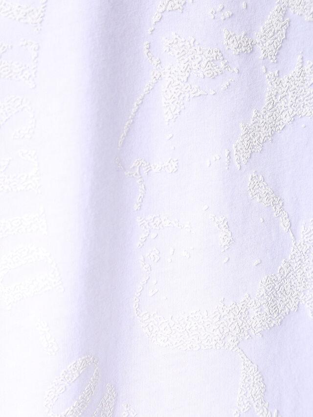 T-JOE-SQ, Weiß