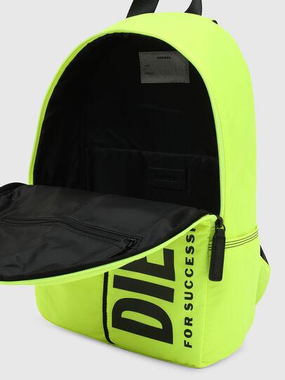 Diesel - BOLD NEWBP, Neongelb - Taschen - Image 4