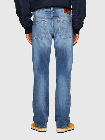 Diesel - Larkee 009NF, Hellblau - Jeans - Image 2