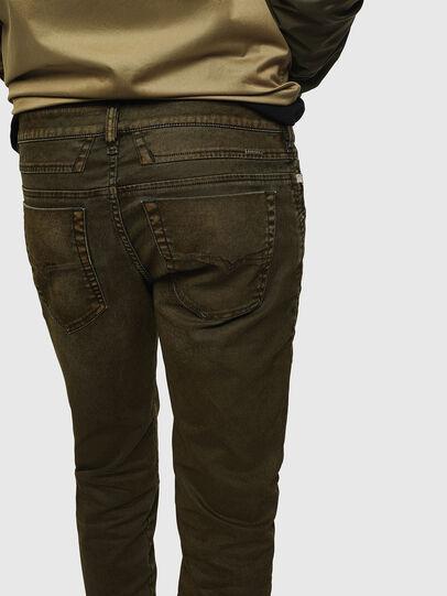 Diesel - D-Bazer 0091T, Armeegrün - Jeans - Image 3
