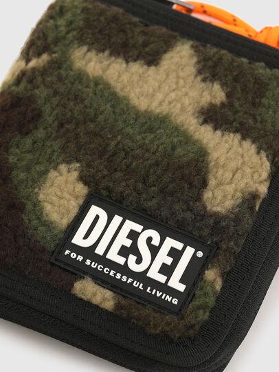 Diesel - PI-ZIP, Camouflagegrün - Portemonnaies Zip-Around - Image 4