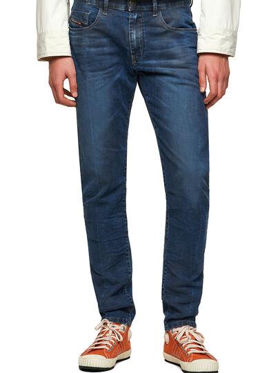 Diesel - D-Strukt JoggJeans® 069WP, Dunkelblau - Jeans - Image 1