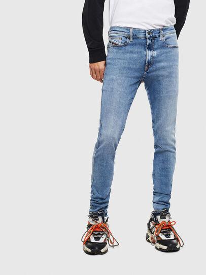 Diesel - D-Istort 009BG, Mittelblau - Jeans - Image 1