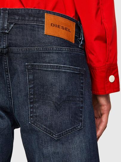 Diesel - Larkee 0095W, Dunkelblau - Jeans - Image 4