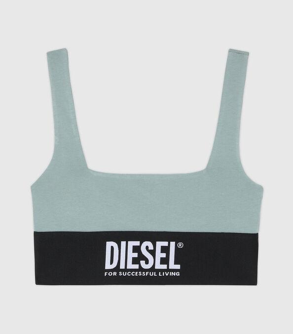 https://de.diesel.com/dw/image/v2/BBLG_PRD/on/demandware.static/-/Sites-diesel-master-catalog/default/dw43a8fc2c/images/large/A01952_0DCAI_5BQ_O.jpg?sw=594&sh=678