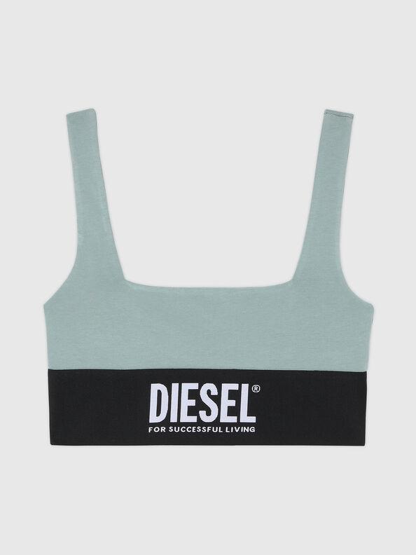 https://de.diesel.com/dw/image/v2/BBLG_PRD/on/demandware.static/-/Sites-diesel-master-catalog/default/dw43a8fc2c/images/large/A01952_0DCAI_5BQ_O.jpg?sw=594&sh=792