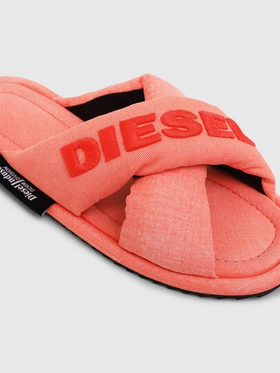 Diesel - SA-MERY X, Rosa - Pantoletten - Image 4