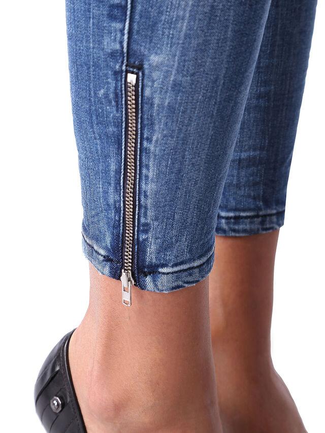 Diesel - Skinzee Low Zip 0847U, Mittelblau - Jeans - Image 6