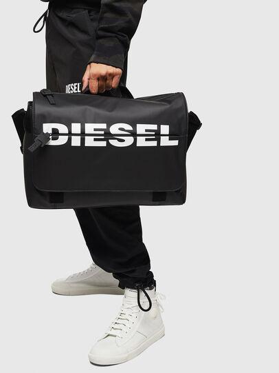 Diesel - F-BOLD MESSENGER II, Schwarz - Schultertaschen - Image 6