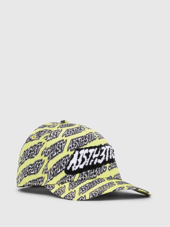 C-AEST,  - Hüte