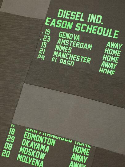 Diesel - TATCHWORK OVER, Armeegrün - T-Shirts und Tops - Image 3