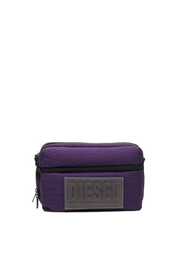 Kleine Crossbody-Tasche aus beschichtetem, wattiertem Nylon