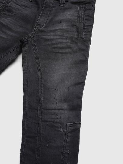 Diesel - D-EARBY JOGGJEANS-J, Schwarz - Jeans - Image 3