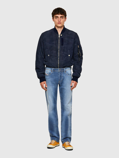 Diesel - Larkee 009NF, Hellblau - Jeans - Image 5