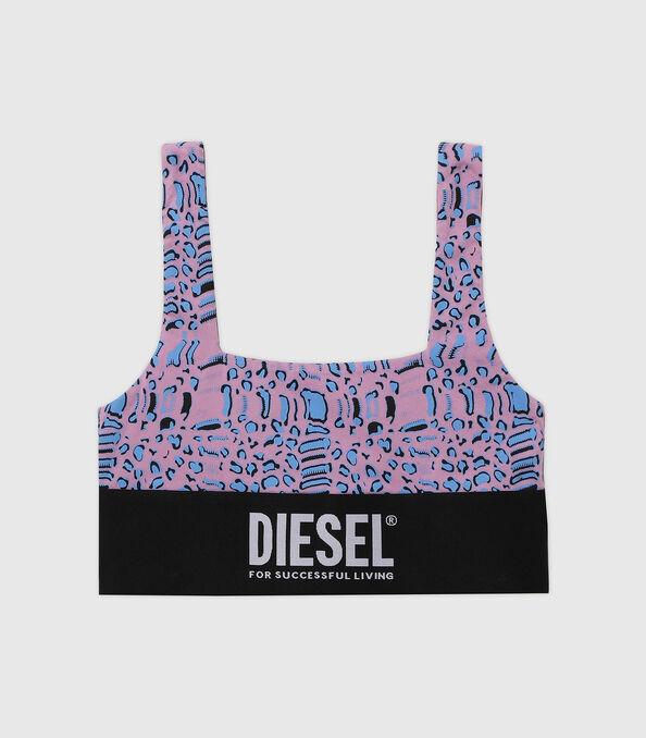 https://de.diesel.com/dw/image/v2/BBLG_PRD/on/demandware.static/-/Sites-diesel-master-catalog/default/dw5883414e/images/large/A01952_0TBAL_E5366_O.jpg?sw=594&sh=678