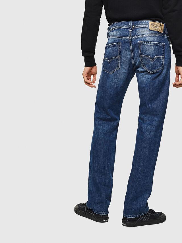 Diesel - Larkee 008XR, Mittelblau - Jeans - Image 2