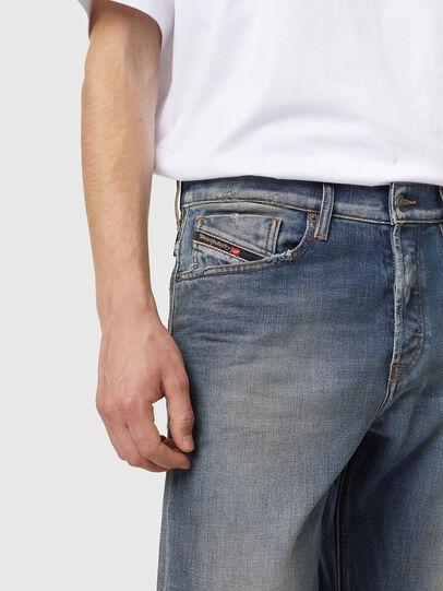 Diesel - D-Fining Z9A05, Mittelblau - Jeans - Image 3