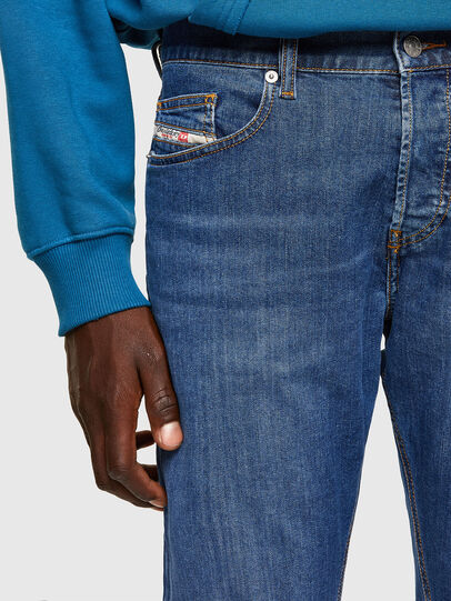 Diesel - D-Luster 009DG, Mittelblau - Jeans - Image 3