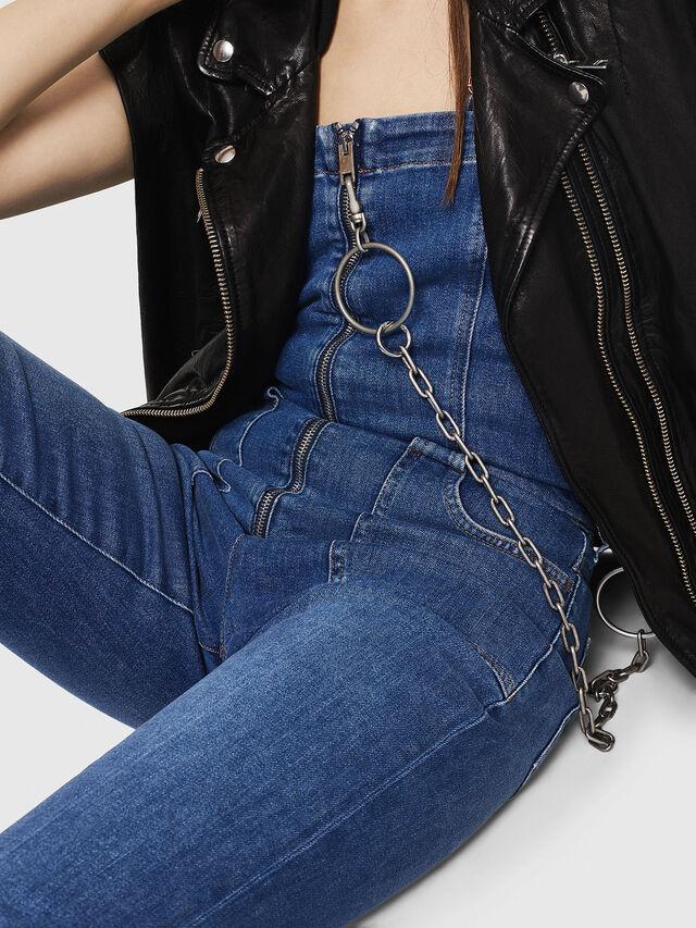 DE-THINK, Jeansblau