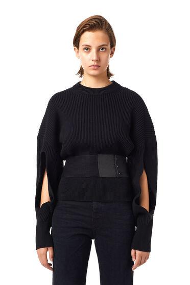 Pullover mit Cutouts und Gürtel