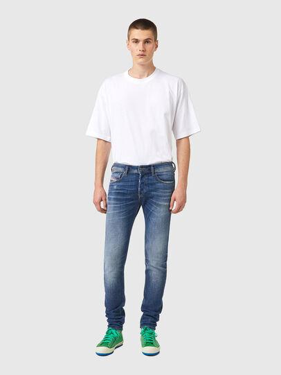 Diesel - Sleenker 09A86, Hellblau - Jeans - Image 5