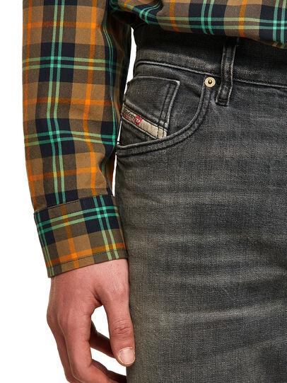 Diesel - D-Fining 09A73, Schwarz/Dunkelgrau - Jeans - Image 3