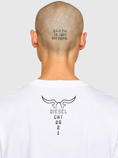 Diesel - CL-T-JUST-O, Weiß - T-Shirts - Image 5