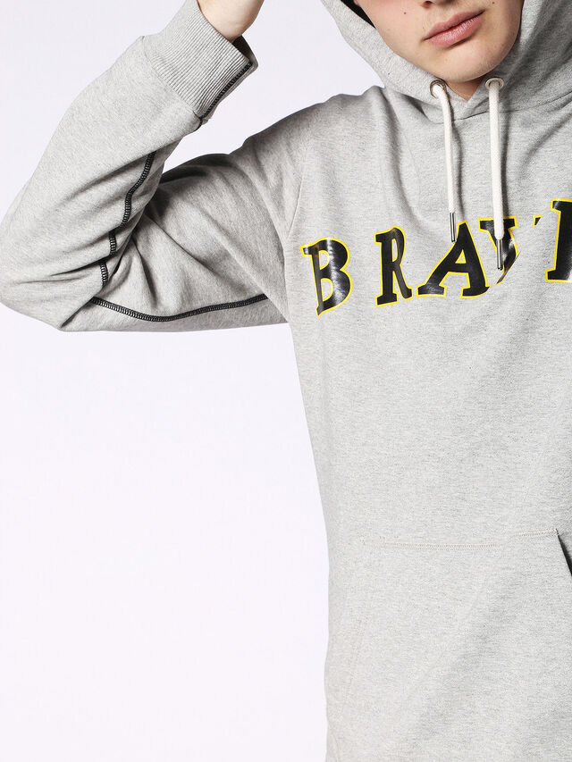 S-BRAVES, Grau