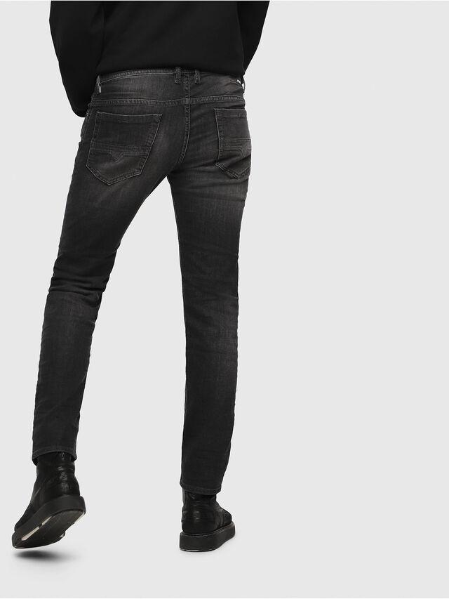 65dd8761f0c2 THOMMER 0687J Herren Jeans| Diesel Online Store