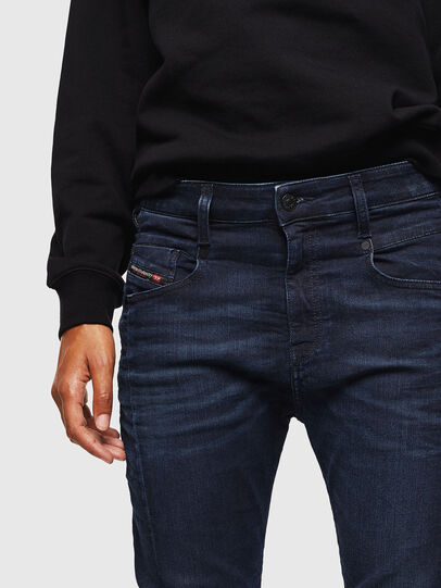 Diesel - Fayza JoggJeans 069KC, Dunkelblau - Jeans - Image 4
