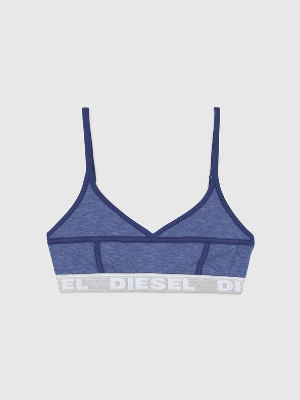 https://de.diesel.com/dw/image/v2/BBLG_PRD/on/demandware.static/-/Sites-diesel-master-catalog/default/dw92037d20/images/large/A03195_0QCAY_8AR_O.jpg?sw=594&sh=792