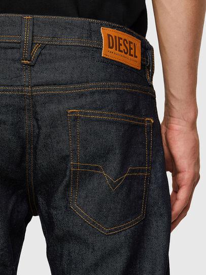 Diesel - Larkee 009HF, Dunkelblau - Jeans - Image 4