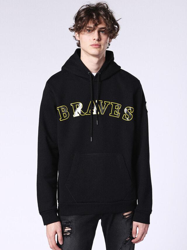 S-BRAVES, Schwarz