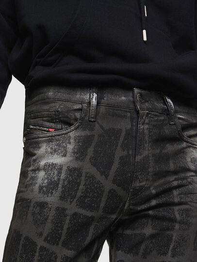 Diesel - D-Reeft JoggJeans 0094M, Schwarz/Dunkelgrau - Jeans - Image 3
