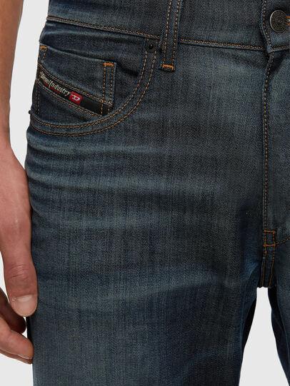 Diesel - D-Strukt JoggJeans 009KJ, Dunkelblau - Jeans - Image 3