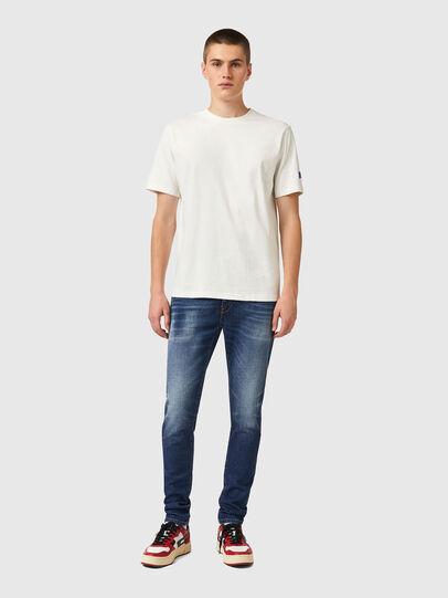 Diesel - T-JUST-B67, Weiß - T-Shirts - Image 4