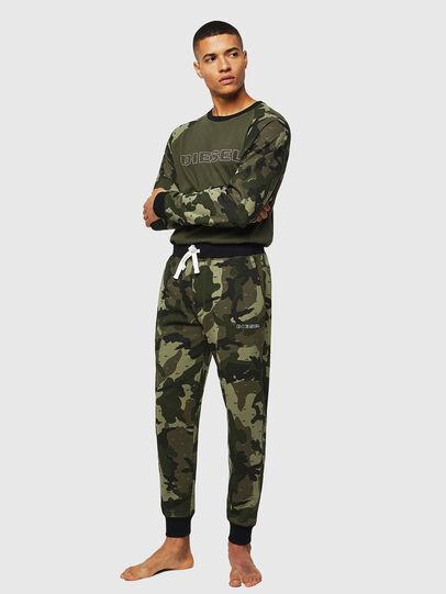 Diesel - UMLT-MAX, Camouflagegrün - Sweatshirts - Image 4