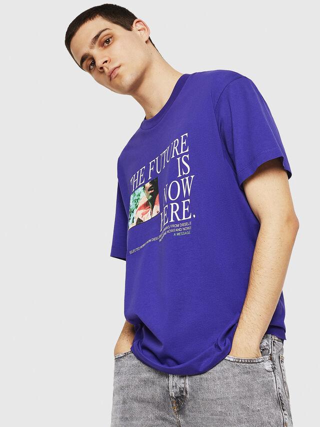 Diesel - T-WALLACE-Y5, Dunkelviolett - T-Shirts - Image 2