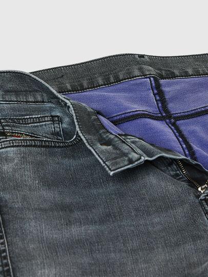 Diesel - D-Reeft JoggJeans® 069RD, Schwarz/Dunkelgrau - Jeans - Image 4