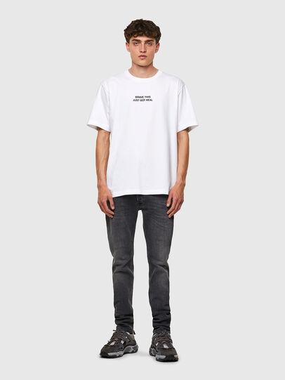 Diesel - T-TUBOLAR-B3, Weiß - T-Shirts - Image 4