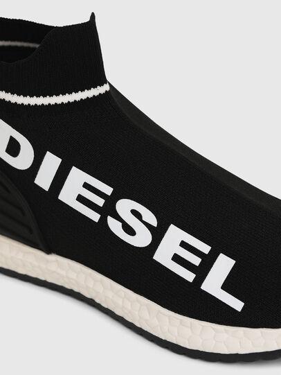 Diesel - SLIP ON 03 LOW SOCK, Schwarz - Schuhe - Image 4