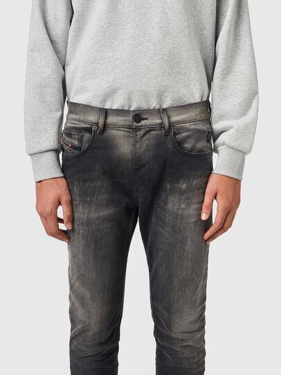 Diesel - D-Strukt JoggJeans® 09B04, Schwarz/Dunkelgrau - Jeans - Image 3