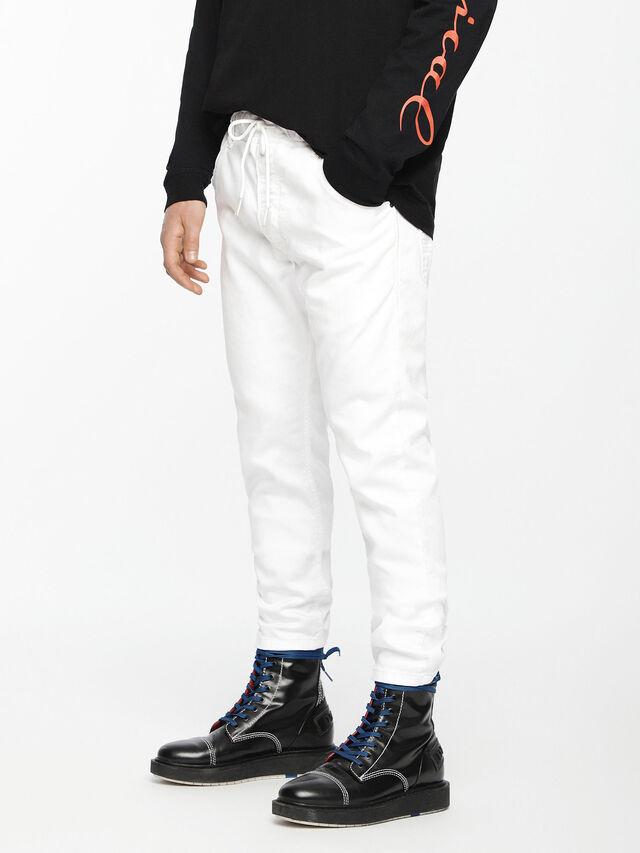 Diesel - Krooley JoggJeans 0684U, Weiß - Jeans - Image 1