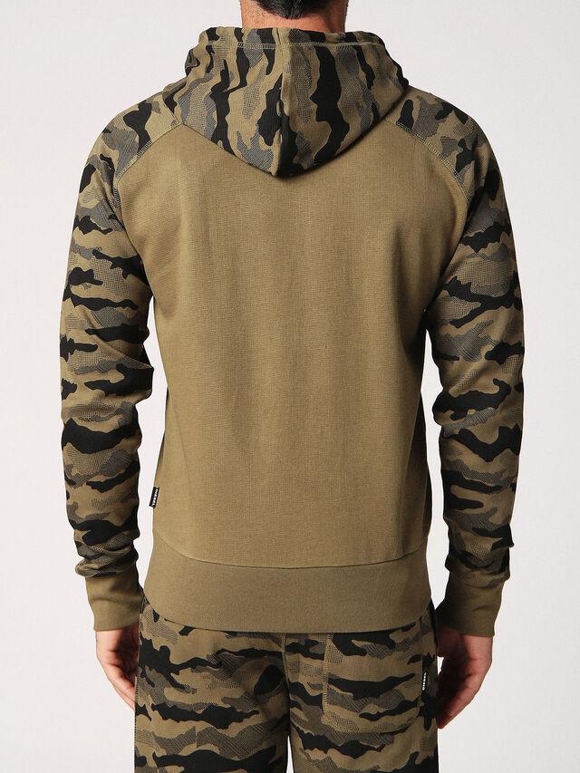 UMLT-BRIANZ, Camouflagegrün